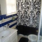 Crestwood Place Bathroom Area
