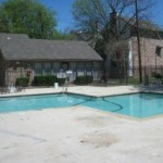Diamond Loch Apartments Pool