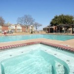 Highland Park Apartment Pool Area