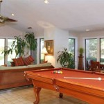 Hulen Oaks Apartment Living Room