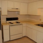 Manitoba Apartments Kitchen