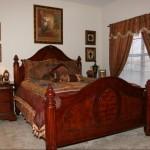 Park Creek Apartment Bedroom