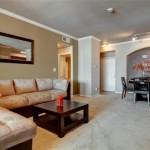 AMLI 7th Street Station Living Room
