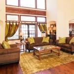 Regency on The Green Living Area