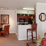 Villa Lago Kitchen & Dining